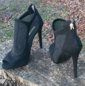 GUESS Cage Stiletto Ankle Bootie Suede Mesh NWOB